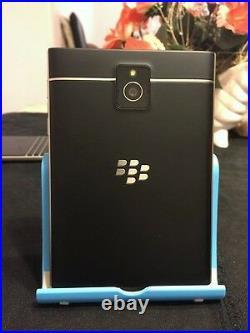 BlackBerry Passport 32GB Black (Unlocked) +-ON SALE- MINT CONDITION